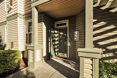 Renton Condo/Townhouse For Sale: 1500 S 18th St #J101