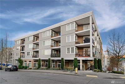 Seattle Condo/Townhouse For Sale: 4752 41st Ave SW #405