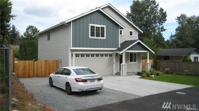 Lynnwood Single Family Home For Sale: 20905 54th Ave W