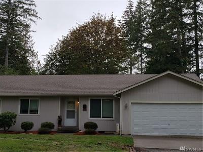 Mason County Single Family Home Pending: 301 E Timberlake Dr
