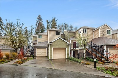 Issaquah Condo/Townhouse For Sale: 5000 NW Village Park Dr #F232
