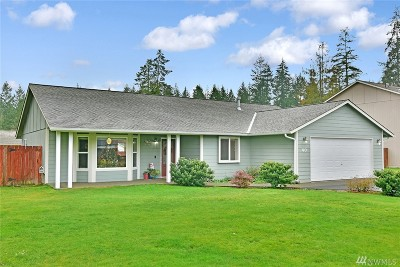 Mason County Single Family Home Pending: 40 E Swallow Ct
