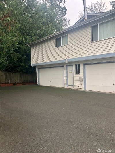 Mountlake Terrace Condo/Townhouse For Sale: 4508 216th St SW #8B
