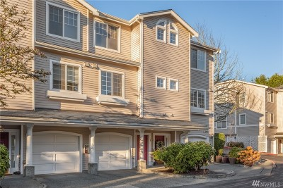 Bellevue Condo/Townhouse For Sale: 1980 132nd Ave SE #44