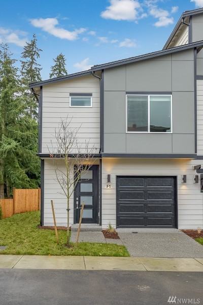 Lynnwood Single Family Home For Sale: 3230 148th St SW #G-1