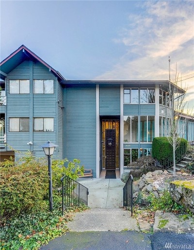 King County Condo/Townhouse For Sale: 19428 Aurora Ave N #423