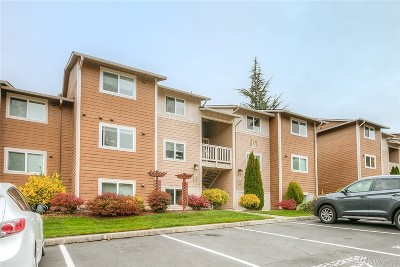 Woodinville Condo/Townhouse For Sale: 14112 NE 181st Place #G304