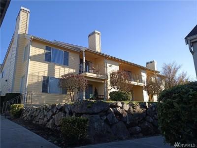 Tacoma Condo/Townhouse For Sale: 1111 S Villard St #B8