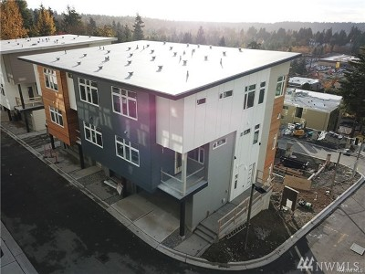 Bellevue Condo/Townhouse For Sale: 4024 129th Place SE (Unit 16)