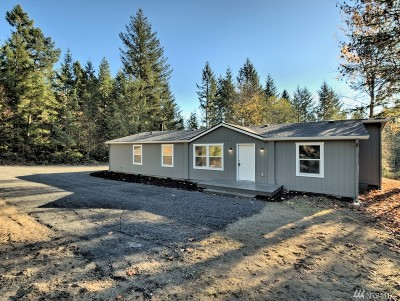 Port Orchard Single Family Home For Sale: 574 SW Wycoff Rd
