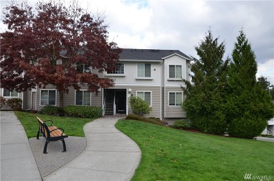 King County Condo/Townhouse For Sale: 2807 SE 8th Place #2102