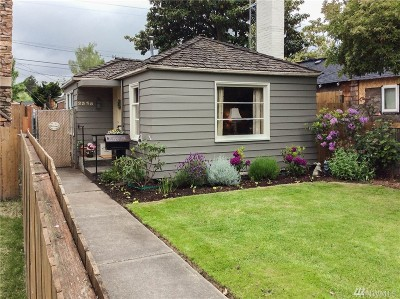 Seattle Single Family Home For Sale: 2335 41st Ave E