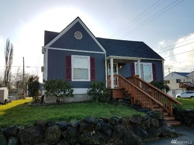 Chehalis Single Family Home For Sale: 295 SW James St