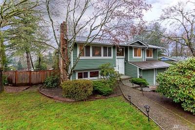 Redmond Single Family Home For Sale: 17704 NE 33rd St