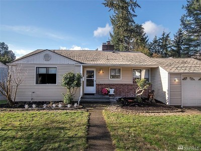 Shoreline Single Family Home For Sale: 17019 14th Ave NE