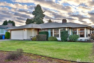 Tacoma Single Family Home For Sale: 2324 Vista View Dr