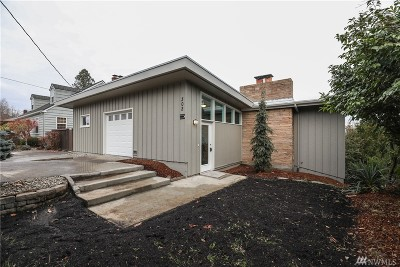 Single Family Home For Sale: 302 N 9th Ave