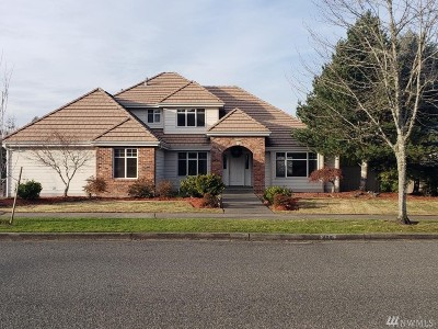 Puyallup WA Single Family Home For Sale: $397,000