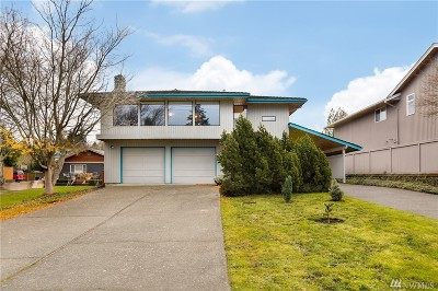 Mukilteo Single Family Home For Sale: 1209 8th Dr