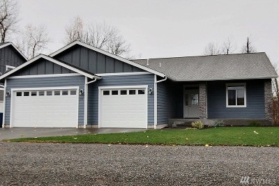 Enumclaw Single Family Home For Sale: 277 N McNeely St
