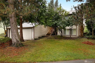 Mountlake Terrace Multi Family Home For Sale: 21404 46th Place W