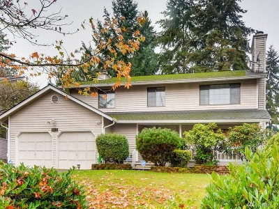 Bellevue Single Family Home For Sale: 825 148th Dr SE