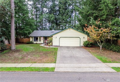 Olympia Single Family Home Contingent: 511 Stonewood Dr SE