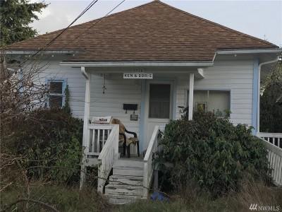 Everett Single Family Home For Sale: 3726 Grand Ave SE