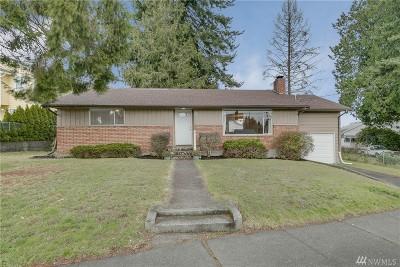 Everett Single Family Home For Sale: 1331 Madison St