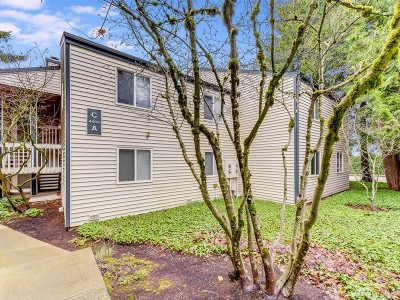Mountlake Terrace Condo/Townhouse For Sale: 4403 216th St SW #C