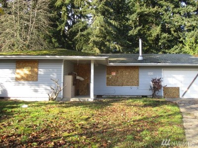Single Family Home For Sale: 16414 10th Ave E