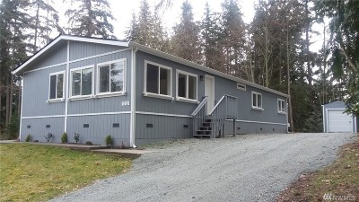 Camano Island Single Family Home For Sale: 1712 Lake Dr
