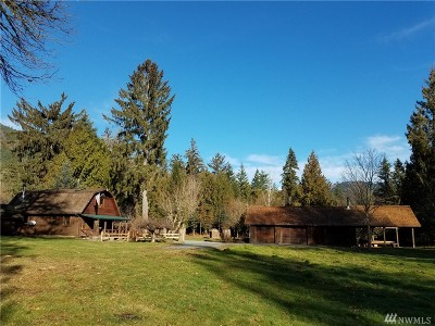 Skagit County Single Family Home For Sale: 32266 Carpenter Rd