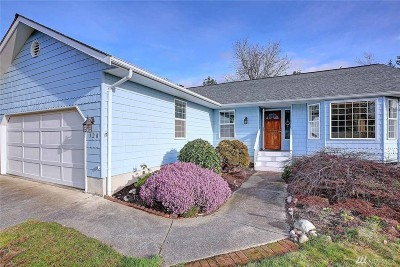 Camano Island Single Family Home For Sale: 320 Melissa