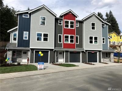 Lynnwood Single Family Home For Sale: 1225 Filbert Rd #D4