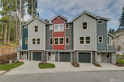 Lynnwood Single Family Home For Sale: 1225 Filbert Rd #D1