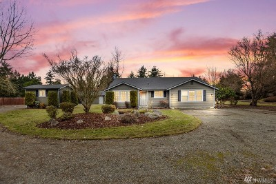 Yelm Single Family Home Contingent: 14215 Vail Rd