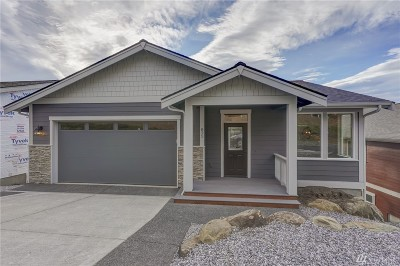 Bellingham Single Family Home Sold: 825 Blackstone Ct