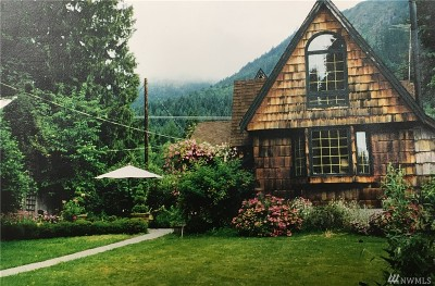 Pierce County Single Family Home For Sale: 31910 State Route 706 East