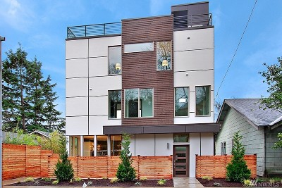 Seattle Single Family Home For Sale: 941 Davis Place S