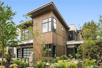 Mercer Island Single Family Home For Sale: 8376 SE 31st St