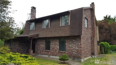 Centralia Single Family Home For Sale: 324 Halliday Rd