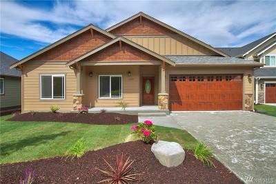 Poulsbo Single Family Home For Sale: 2421 NE Dynasty Dr