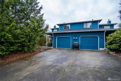 Oak Harbor Condo/Townhouse Pending: 1143 SW Kaleeton Lp #1
