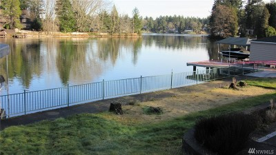 Lakewood Single Family Home For Sale: 10635 Lake Steilacoom Dr SW