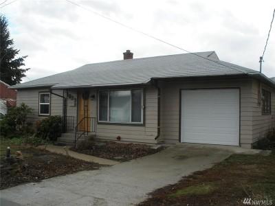 Wenatchee Single Family Home For Sale: 1039 Dakota St