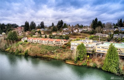 Thurston County Condo/Townhouse For Sale: 304 West Bay Dr NW #101