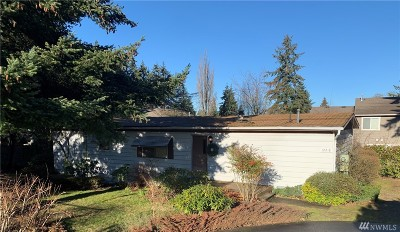 Kirkland Single Family Home For Sale: 12218 NE 80th St