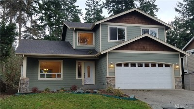 Camano Island Single Family Home For Sale: 937 Dolphin St