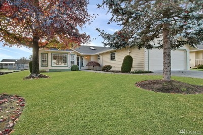 Centralia Single Family Home For Sale: 104 Robert Frost Dr
